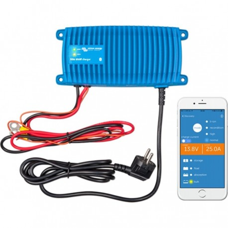 Victron Blue Smart IP67 Acculader 12/25 (1)